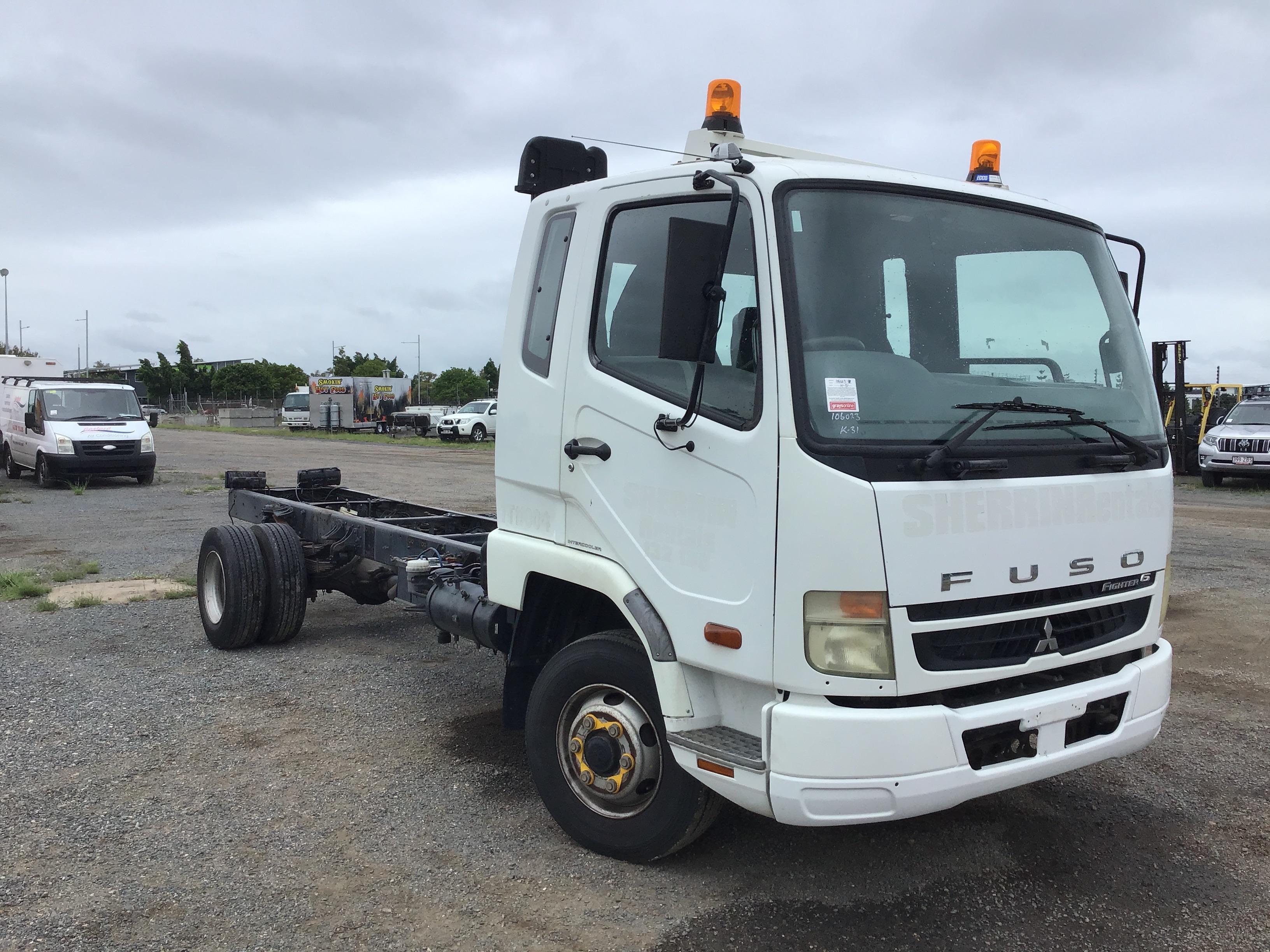 2010 Mitsubishi FK 600 4 x 2 Cab Chassis Truck