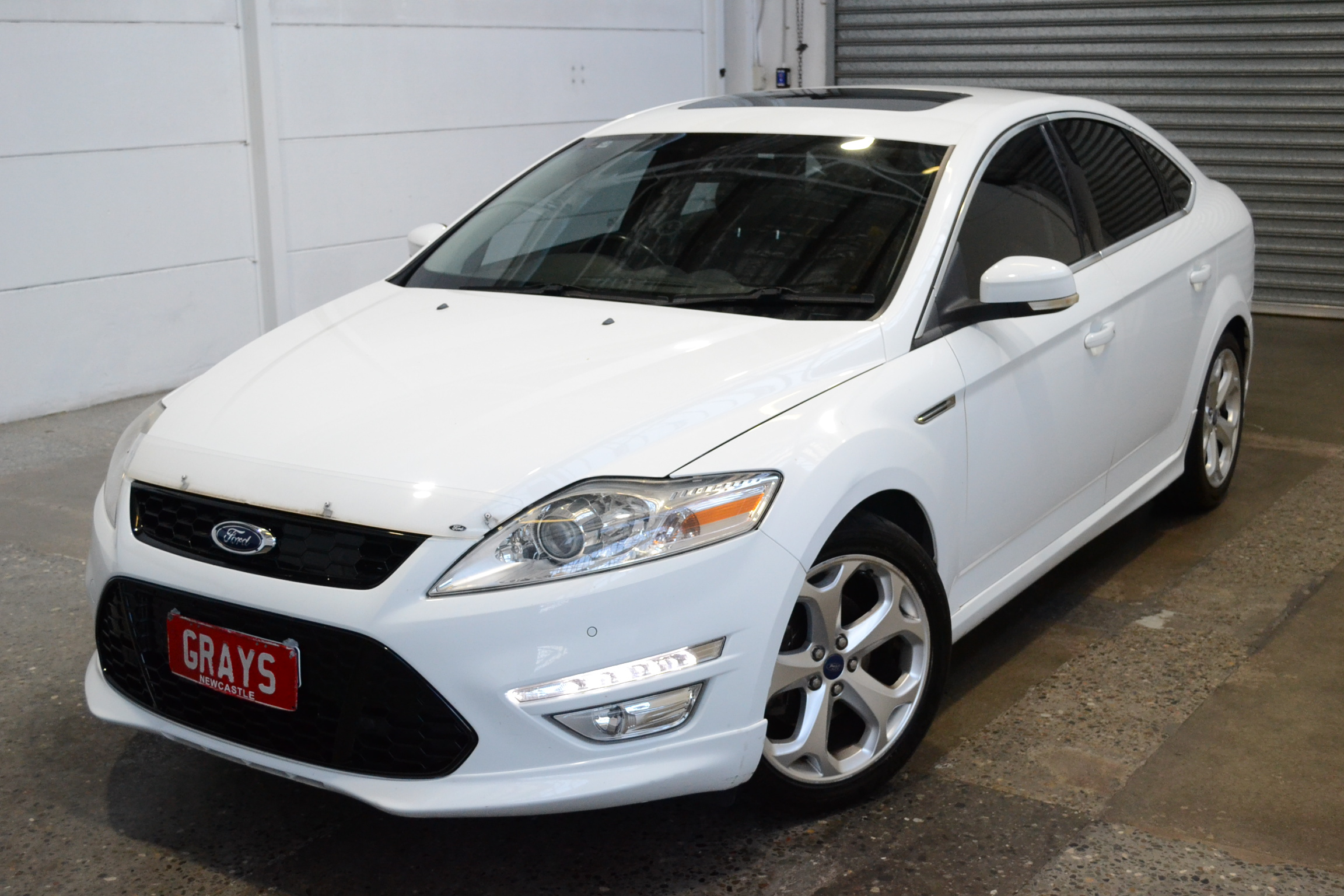 2012 Ford Mondeo Titanium TDCi MC Turbo Diesel Automatic Hatchback