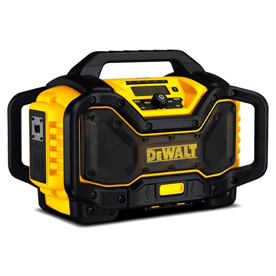 DEWALT 18/54V Li-ion Cordless Bluetooth Radio Charger. N.B. Does not turn o