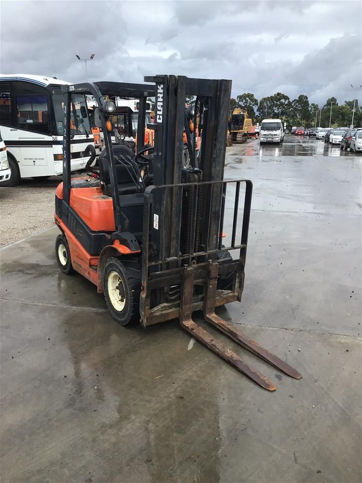 2006 Clark C25D Diesel Counterbalance Forklift