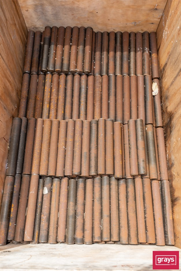 Quantity of M32 Treaded Bar in Crate