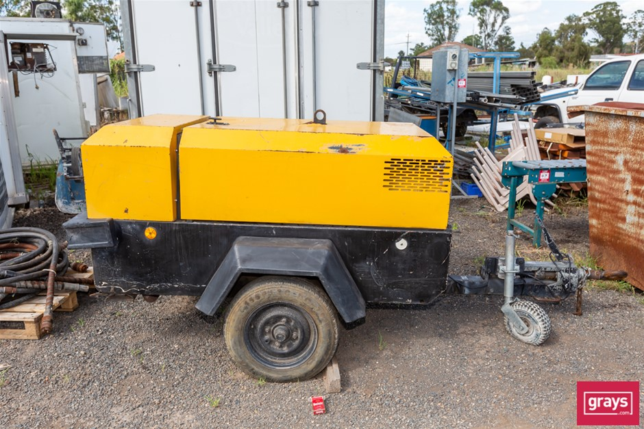1997 Ingersoll Rand P180WD Trailer Mounted Air Compressor