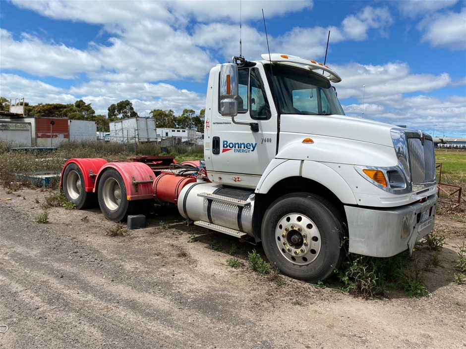 2007 International 7600 Prime Mover Truck