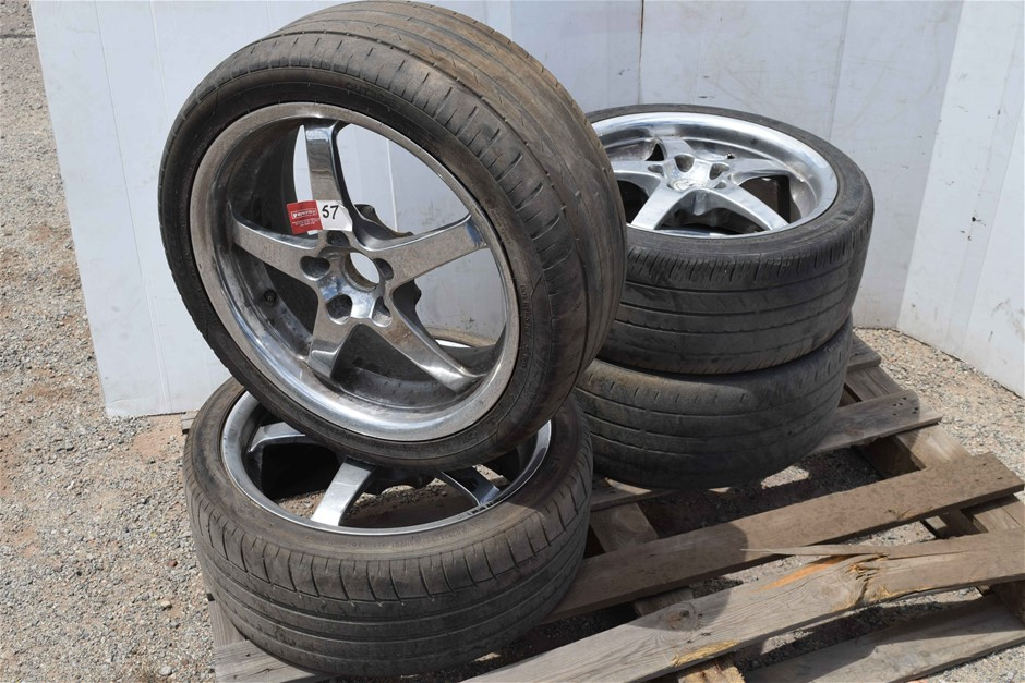 """Set of 4 """"Kumho"""" Low Profile Tyres on Mag Rims"""