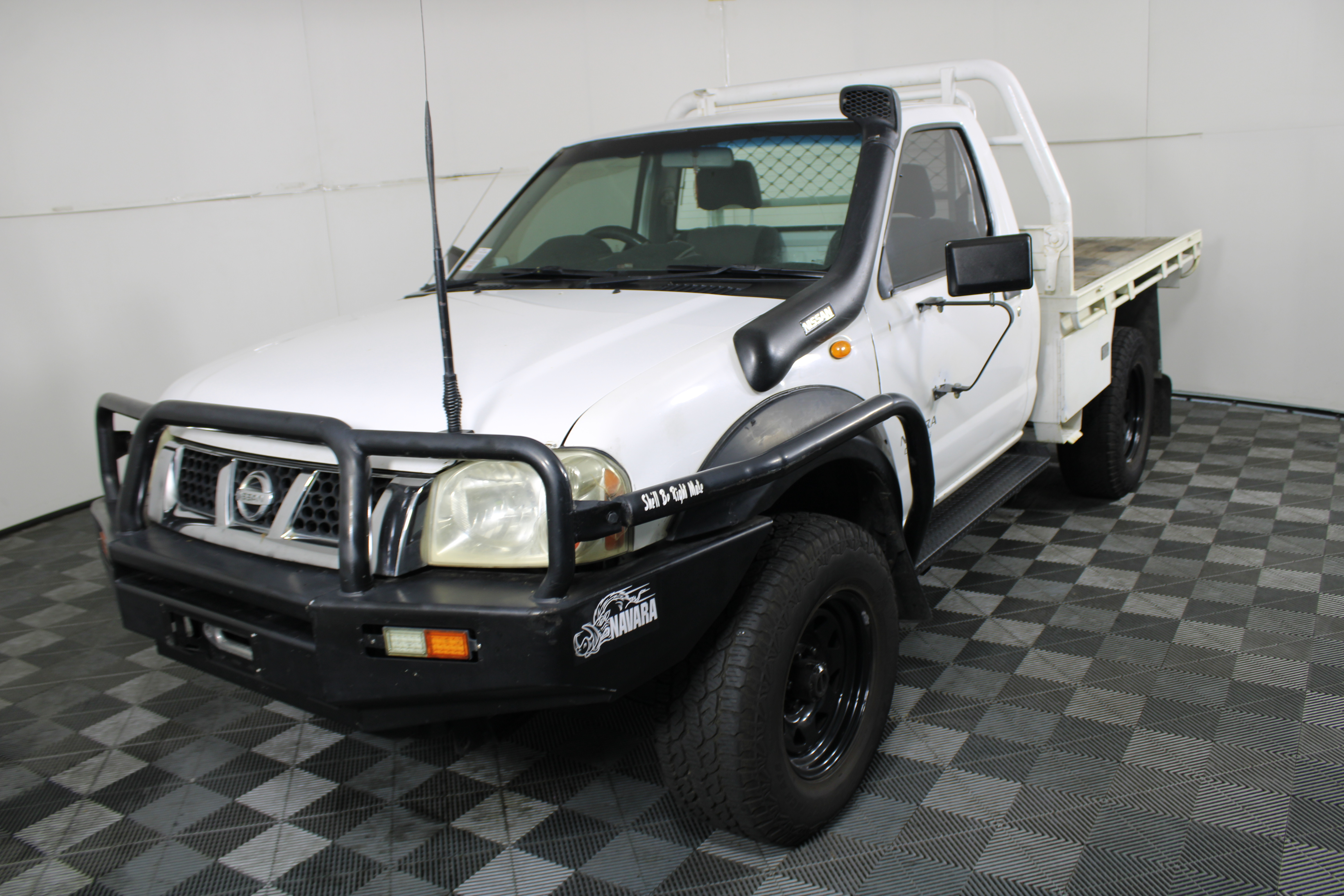 2004 Nissan Navara DX (4x4) D22 Turbo Diesel Manual Cab Chassis