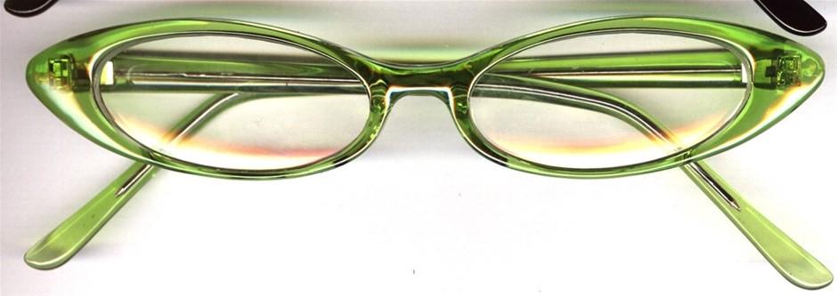 CECILY 5 x +2.50 Reading Glasses: 2 x Apple, 1 x Black, 2 x B&W Spot