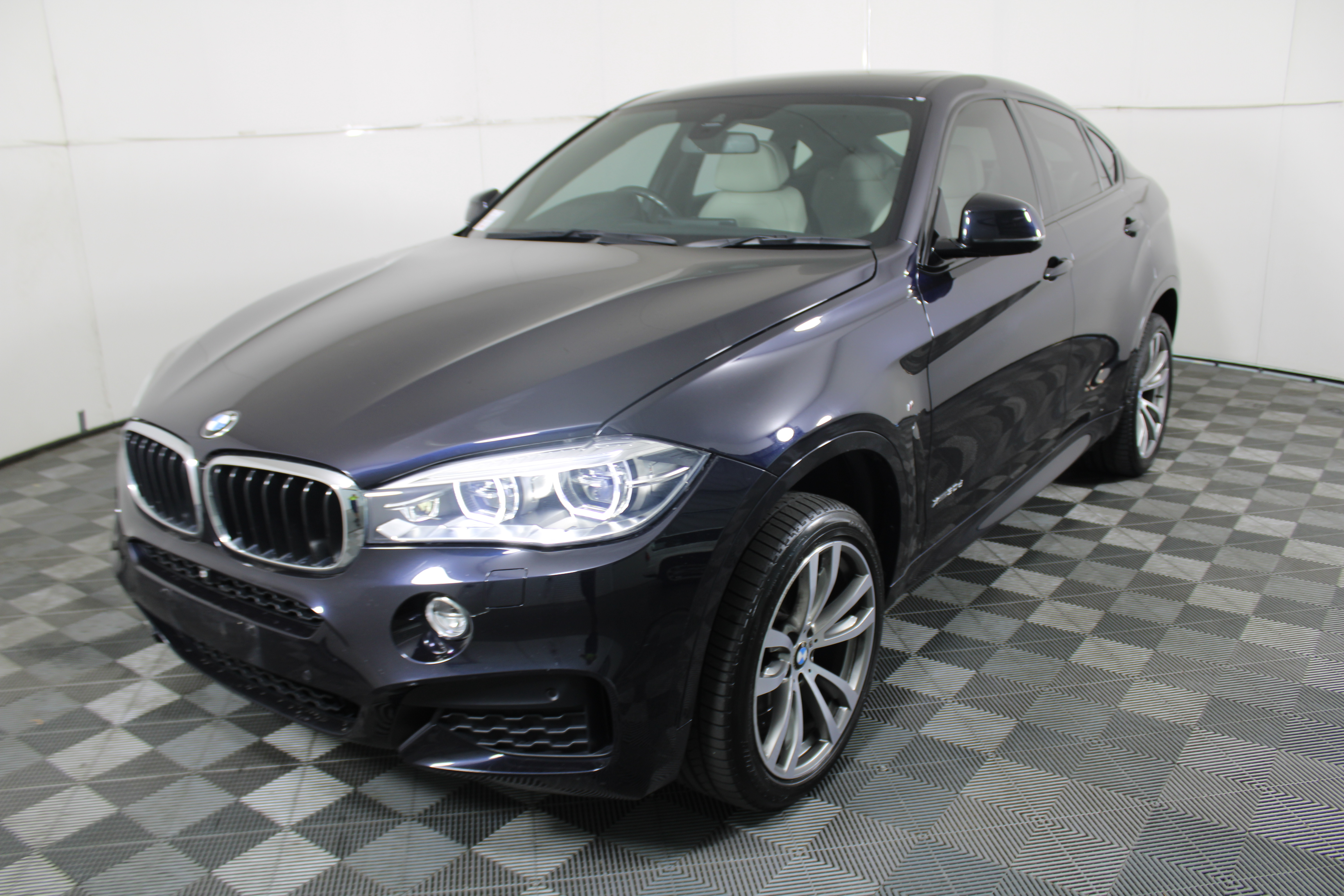 2015 BMW X6 xDrive 30d F16 Turbo Diesel Automatic - 8 Speed Coupe