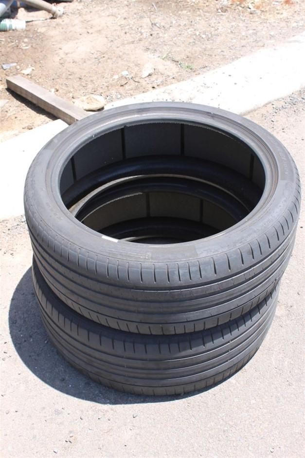 2 x Pirrelli P-Zero Road Tyres