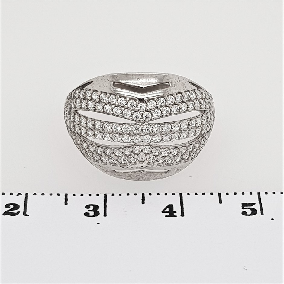 Sterling Silver White CZ Dress Ring.