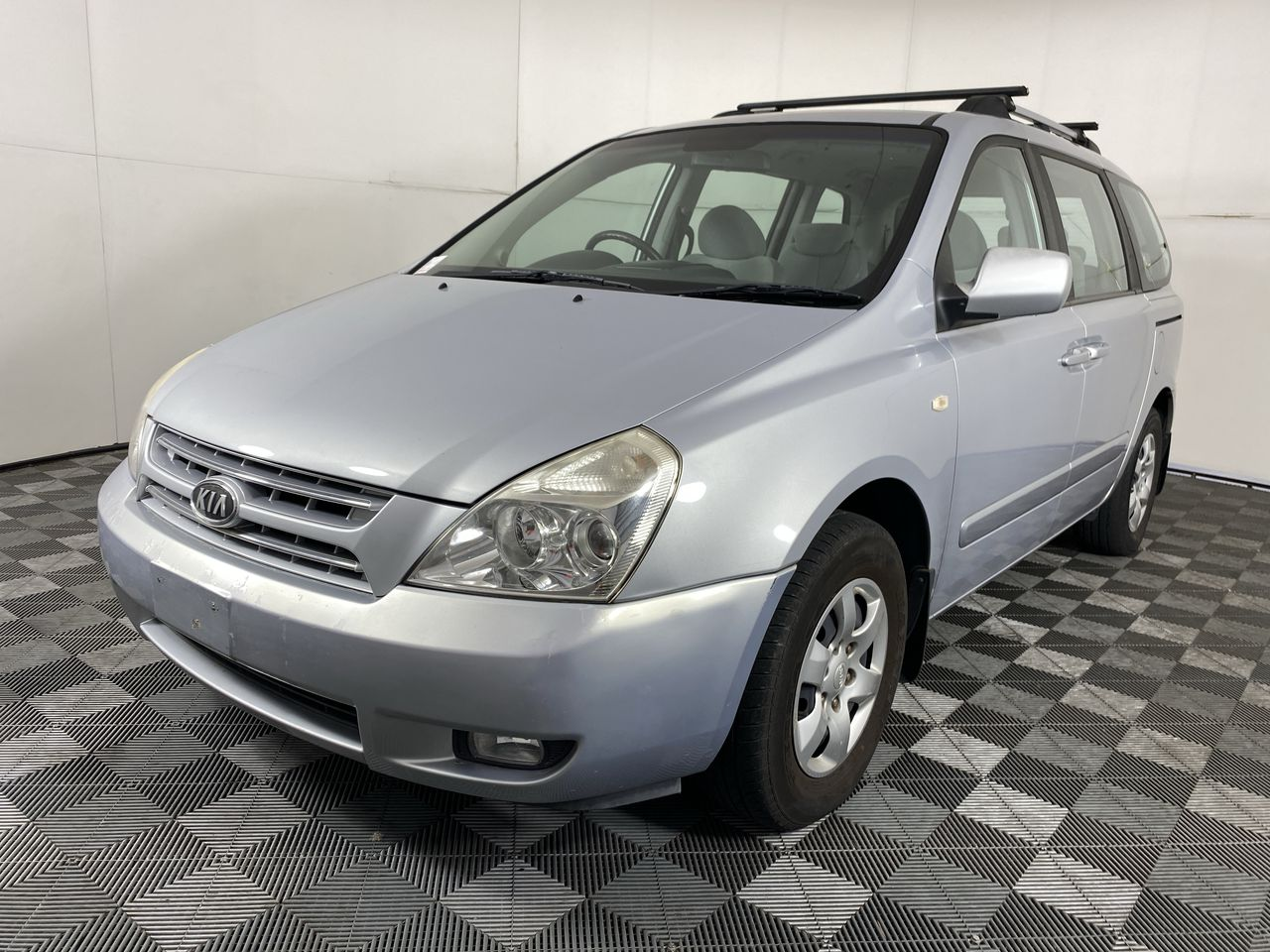 2008 Kia Carnival EX VQ 8 Seat People Mover