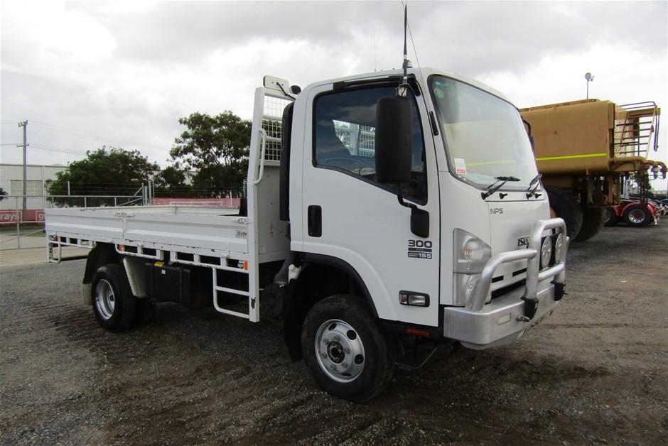 2014 Isuzu NPS 300 4 x 4 Tray Body Truck with 63,104 km's