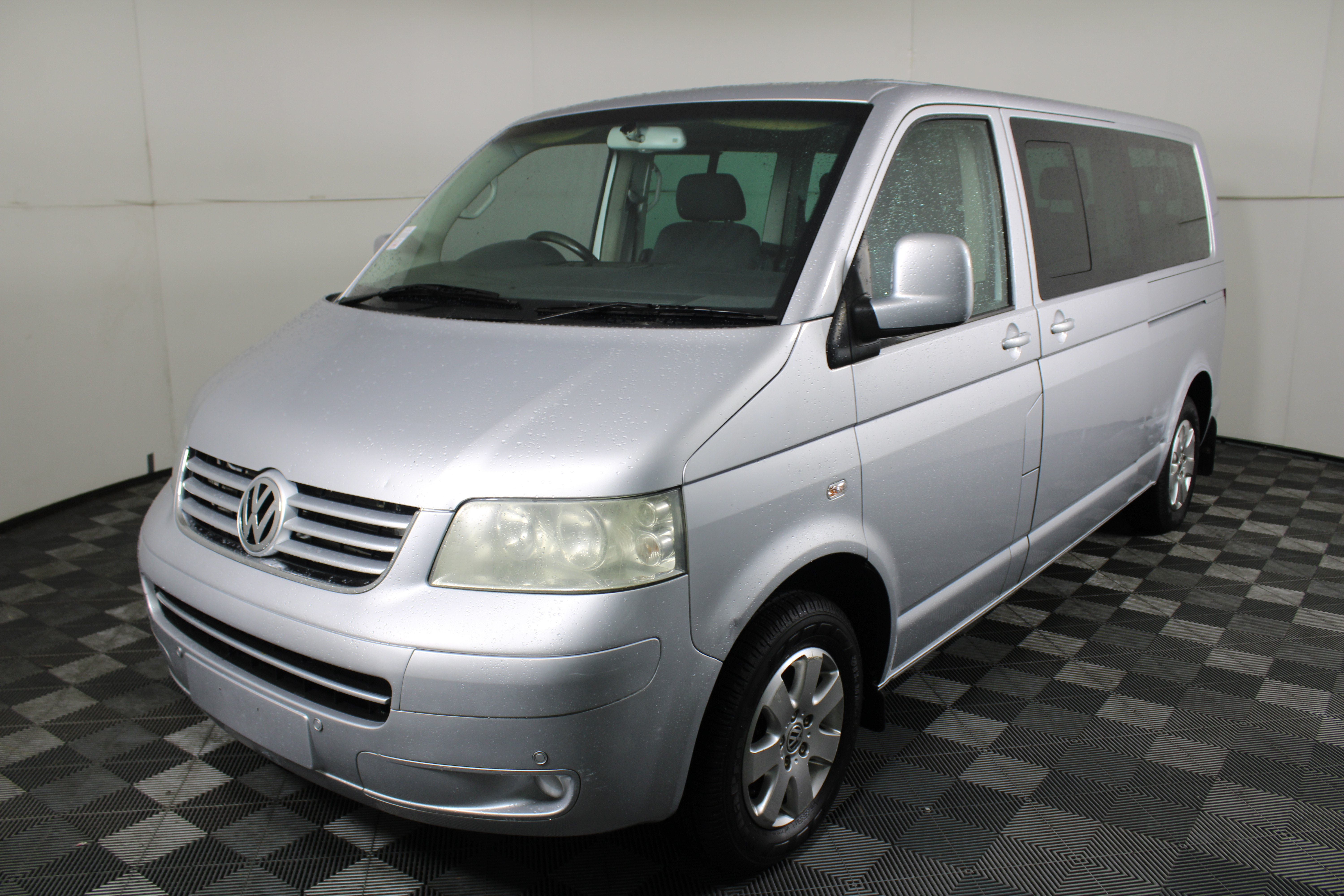 2008 Volkswagen Caravelle LWB T5 T/Diesel Auto 9 Seats People Mover