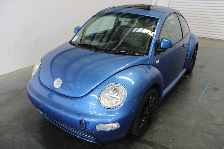 2000 Volkswagen Beetle 2.0 Automatic Hatchback, 127,486km
