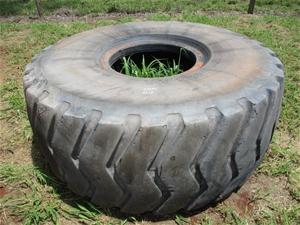 Used Boto GCAI Tubeless Steel Radial Tyr