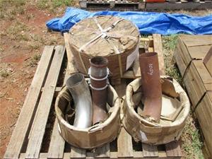 Pallet of Hitachi AH 400 HVB Brake Drums