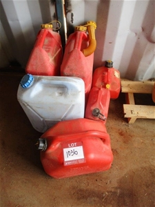 Qty 6 x Poly Fuel Containers