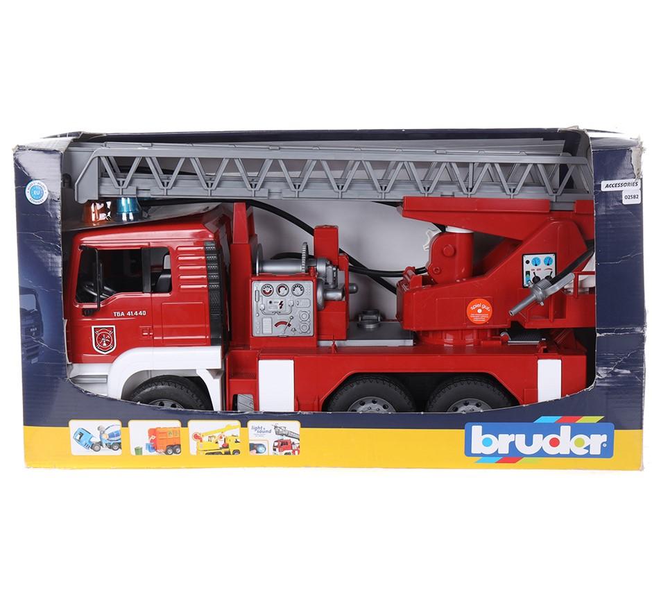 BRUDER Toy Fire Engine, Lights & Sound. N.B. Damaged Packaging. (SN:CC72307
