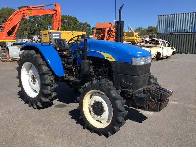 Shanghai New Holland SNH 704 Tractor