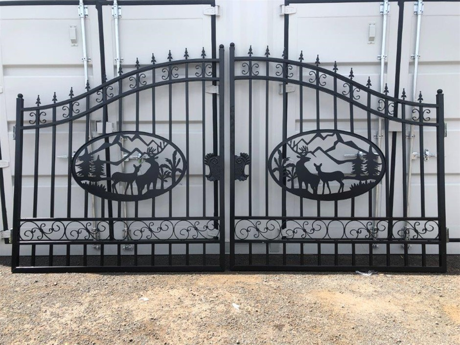 2021 Set of 2 Small Unused Animal Design Wrought Iron Style Gates