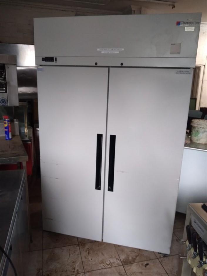 Williams Style 2 Door Upright Solid Door Storage Fridge
