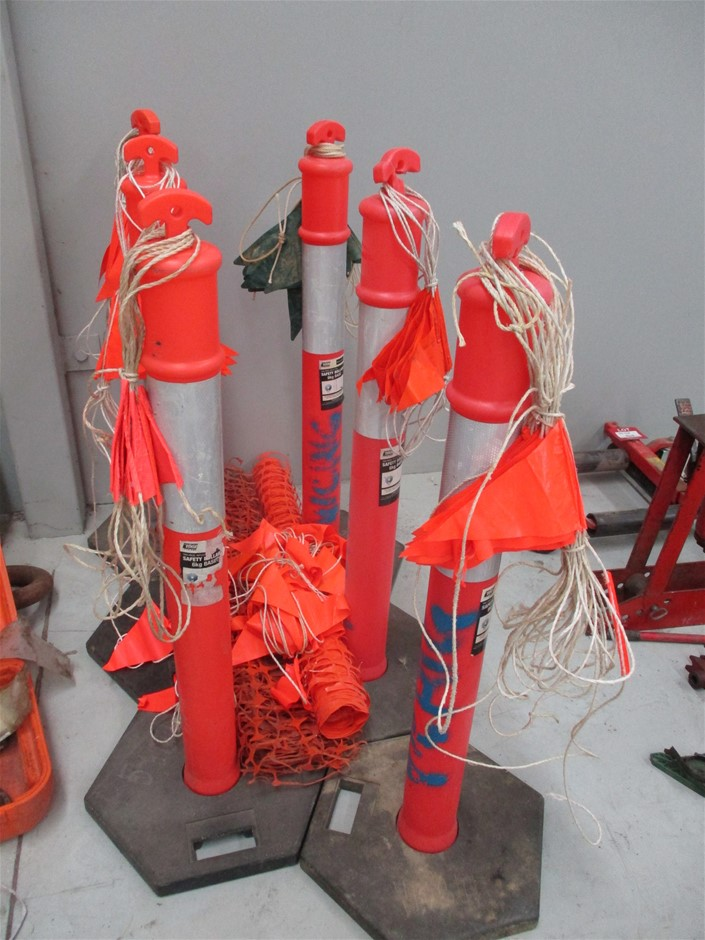 6 x Safety Bollards, Safety Mesh & Safety Flags