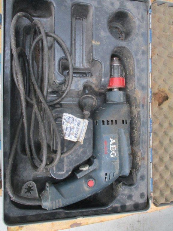AEG SBE-630R Hammer Drill