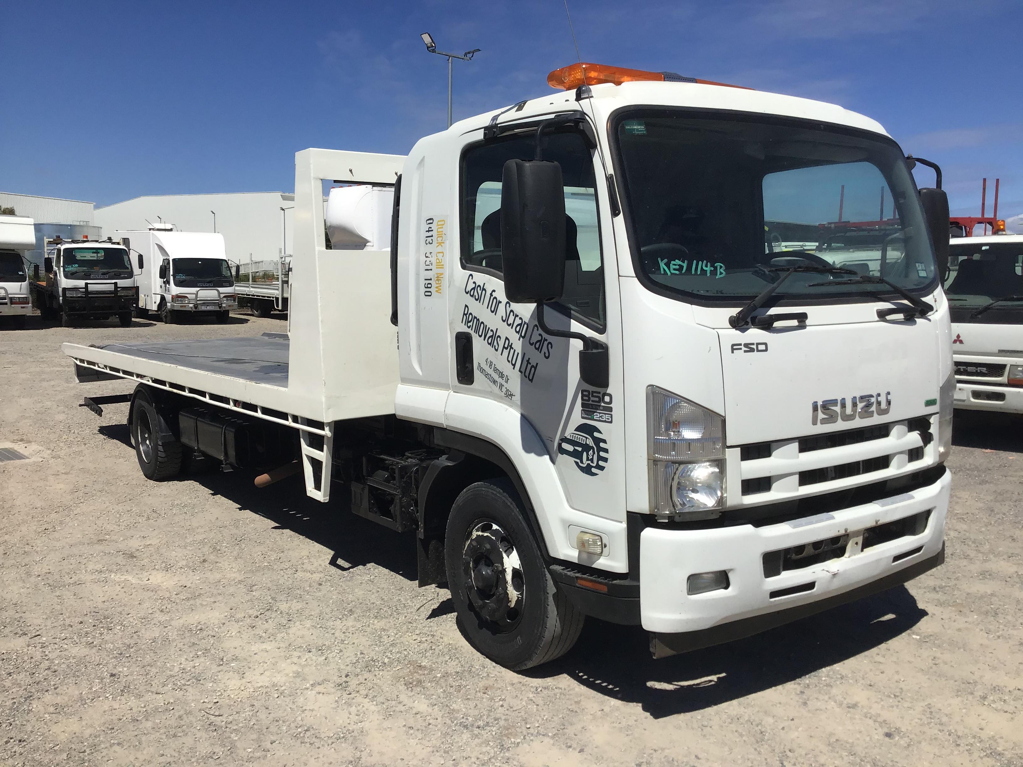 2012 Isuzu FSD 850 Long 4 x 2 Tilt Tray Truck