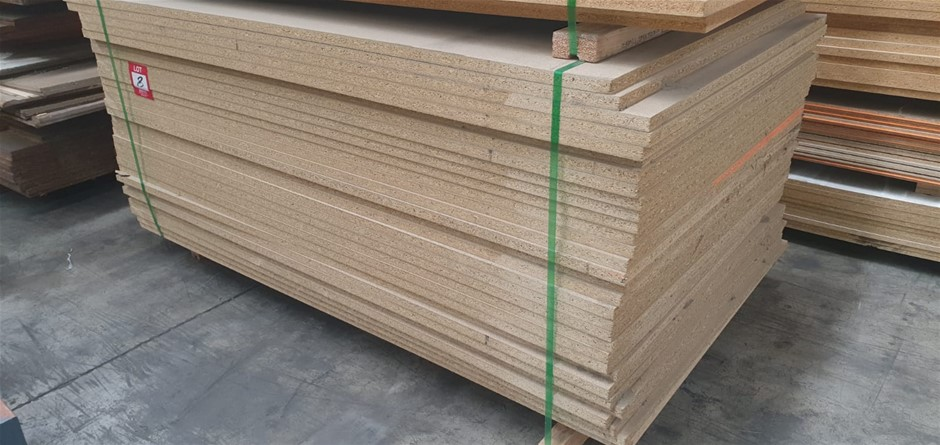 Flooring Particleboard : 1800 x 1100 x 25mm. Total = 31 pcs