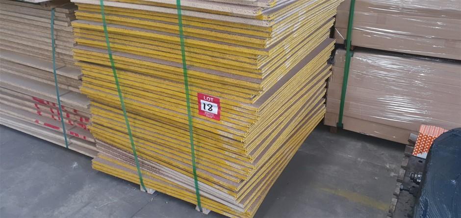 Flooring Particleboard : 1000 x 900 x 19mm . Total = 50pcs