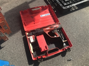 Hilti DX 460 Powder Actuated Nail Gun