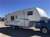 <p>2004 R Vision 30ft fifth wheel Caravan / 5th wheel</p>