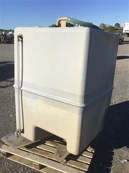 Qty of 4 Poly Tanks