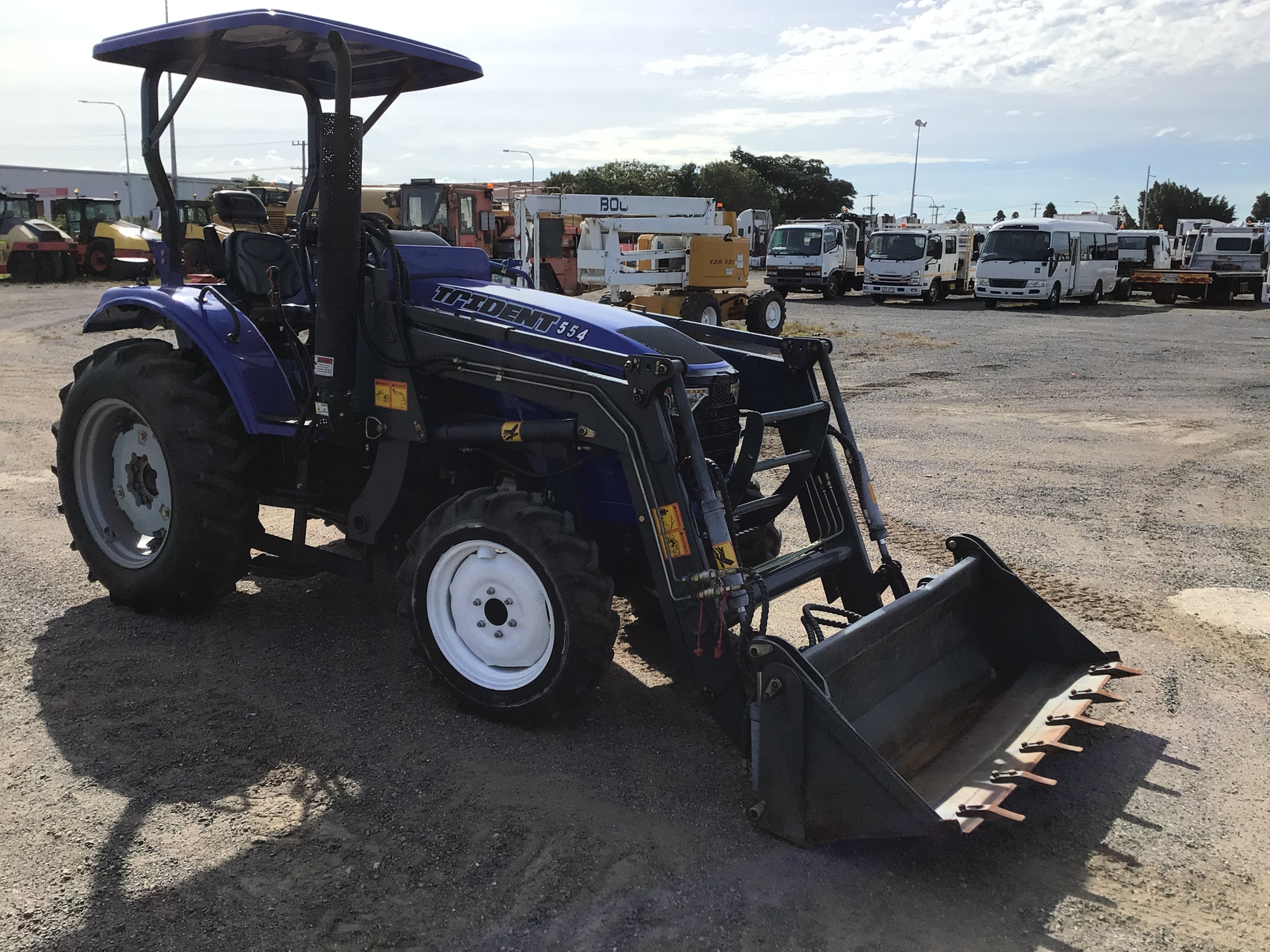 2019 Trident 554 Tractor - 211 Hrs