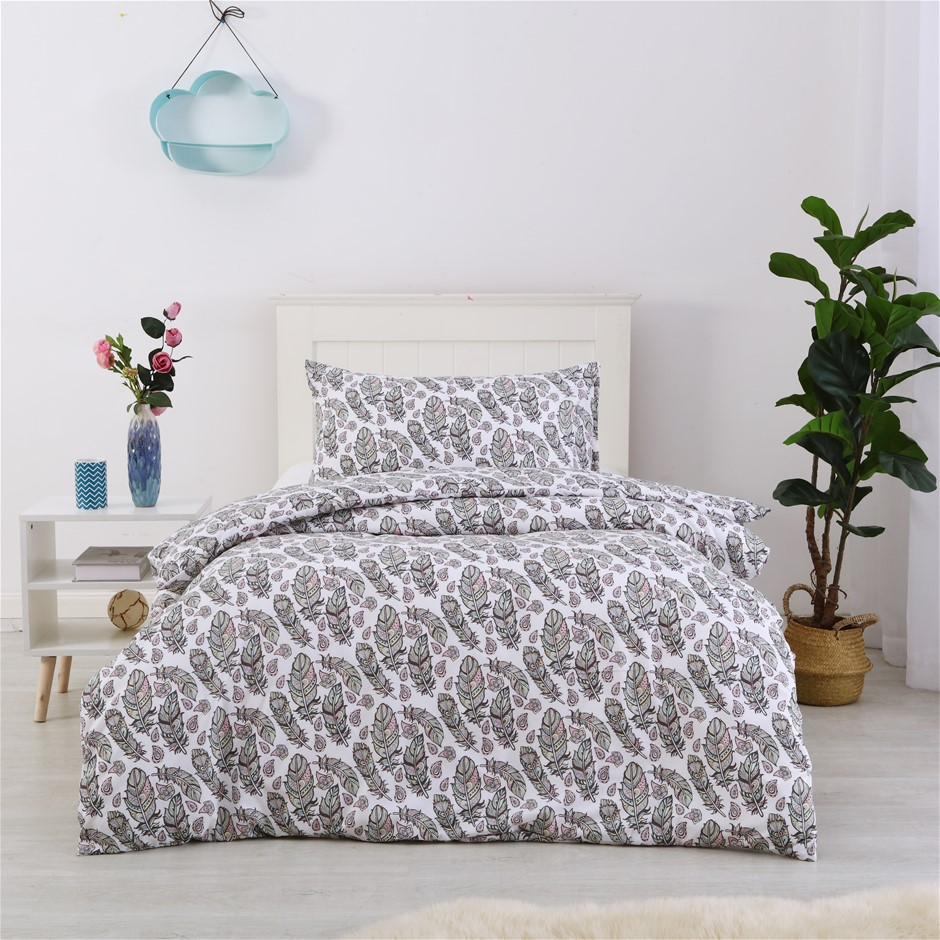 Dreamaker Printed Quilt Cover Set Float Away - Single Bed