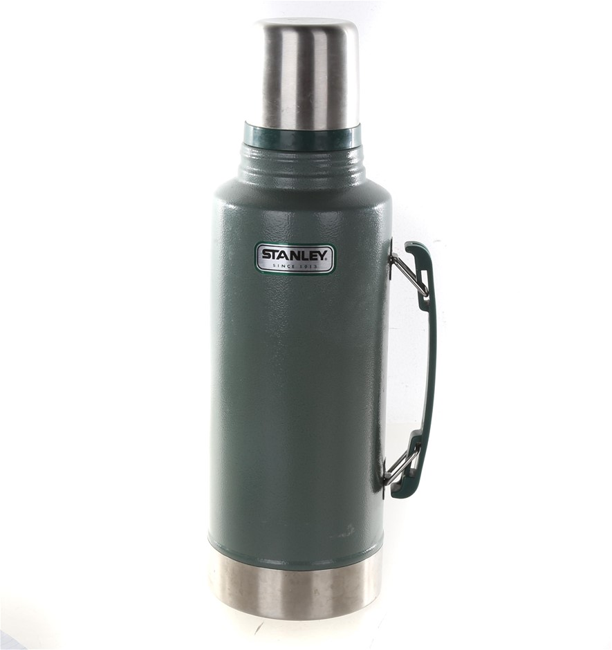 STANLEY Classic Vacuum Flask Stainless Steel 1.9L, Green. N.B. Minor Use us