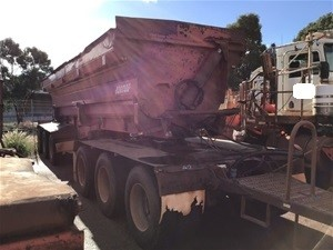 2007 Mick Murray Welding Tri Axle Side Tipper Dog Trailer