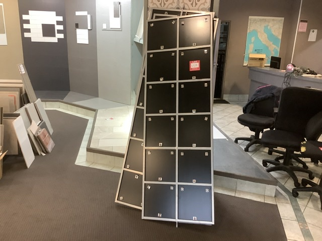 3 Sided Display Stand