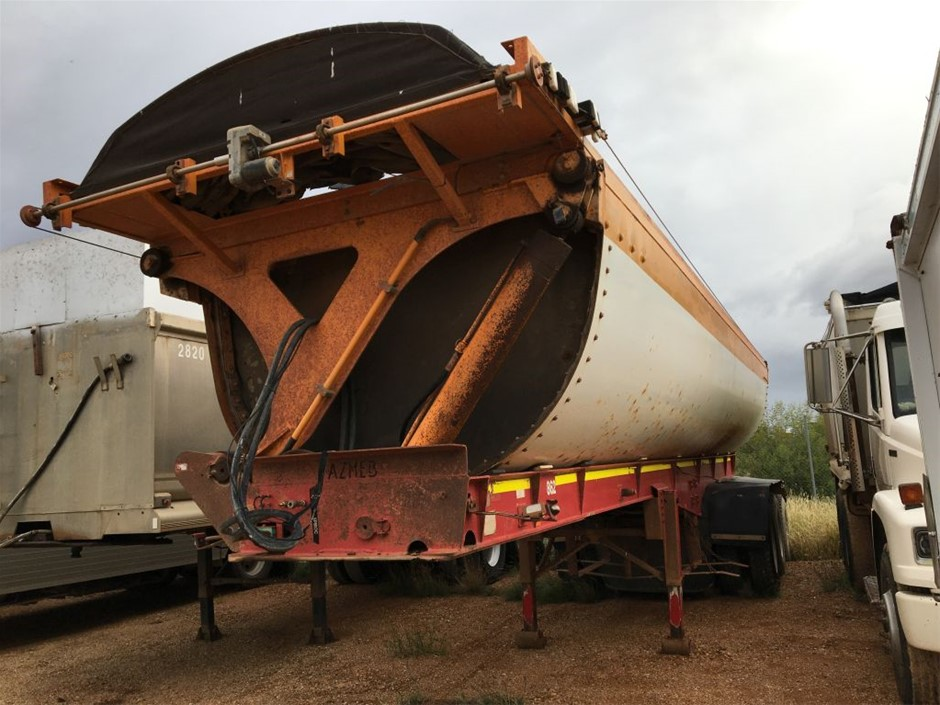 2003 AZMEB Side Tipping Trailer