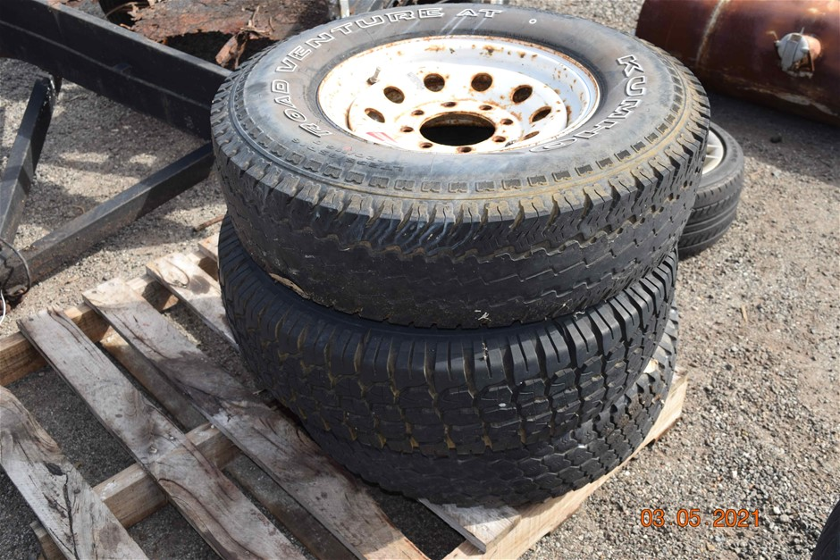 Lot of 3 Truck Tyres and Rims