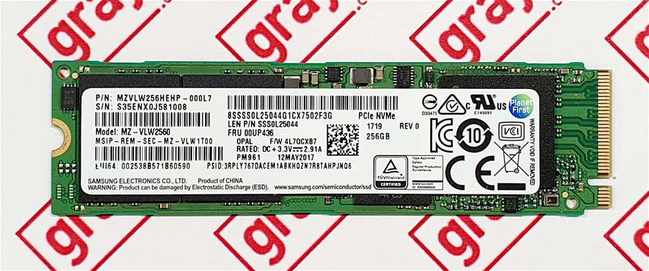 SAMSUNG PM961 256GB M.2 NVMe 2280 PCIe Gen 3x4 Solid State Drive