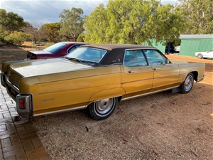 1972 Ford Lincoln Continental Town Car