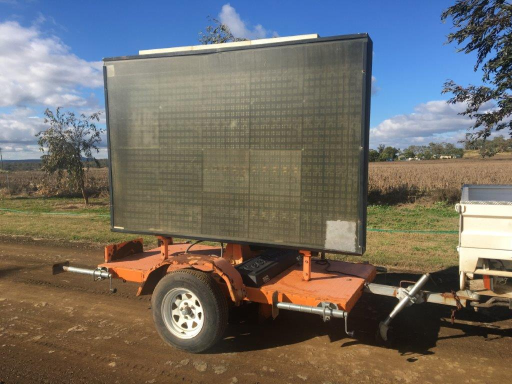 2012 Variable Message Signs Trailer