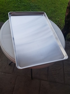 Aluminum Baking Pans, Die formed from on