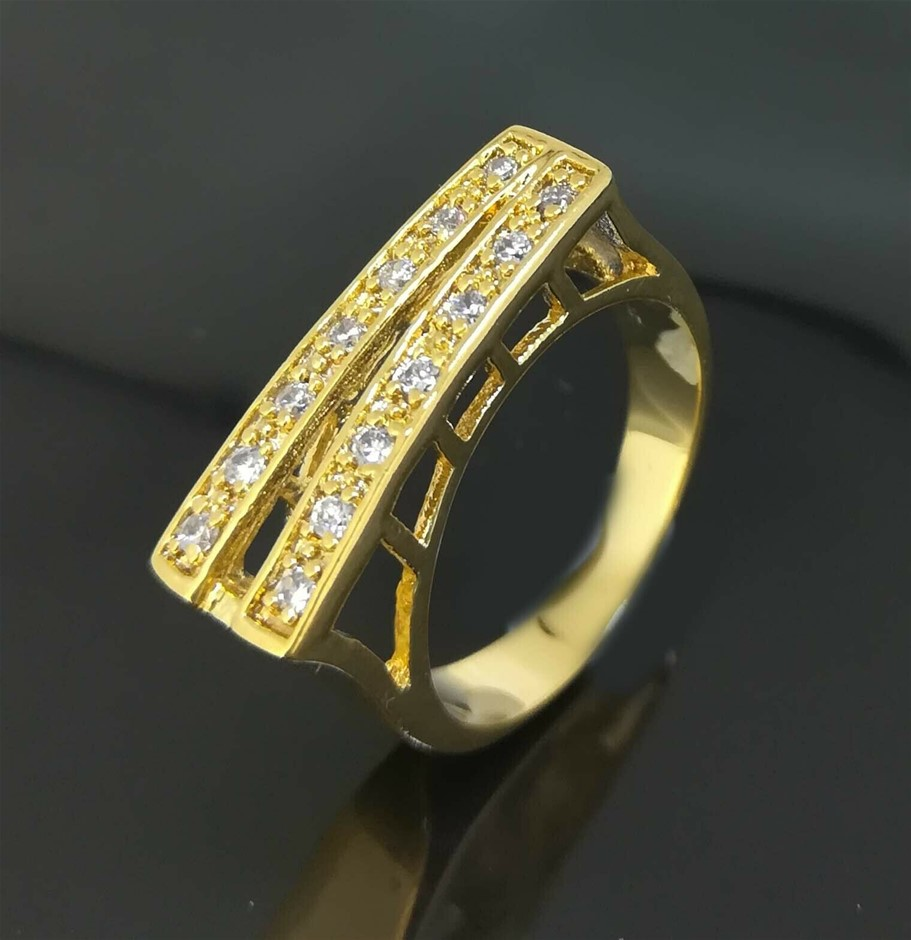 Classic 18k Yellow gold plated CZ wedding ring Size 8