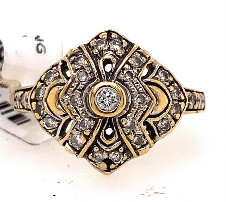 18ct yellow gold diamond geometric ring