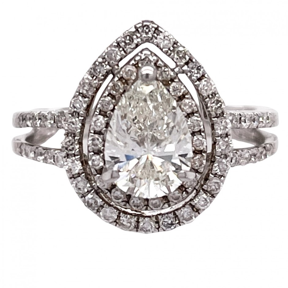 18ct white gold 1.31cts diamond cluster ring