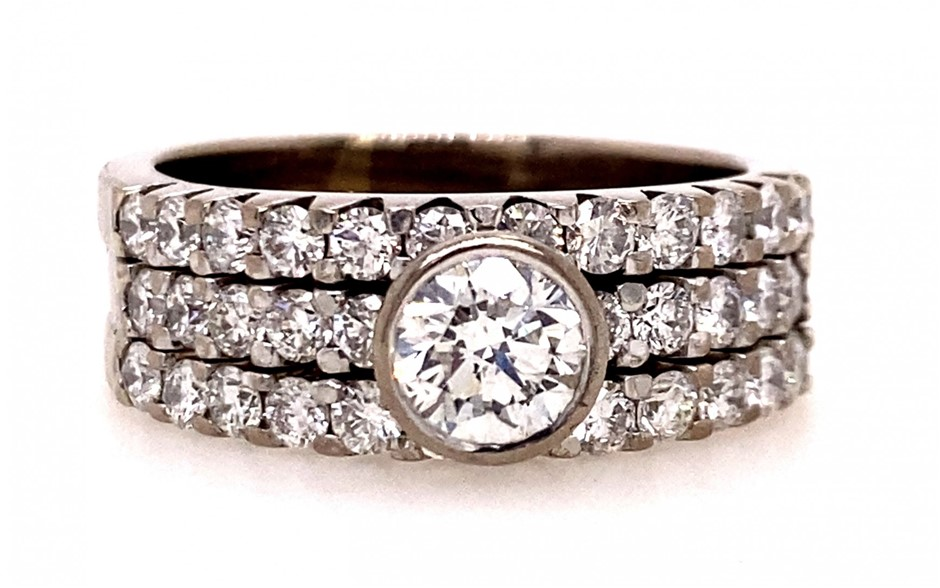 18ct white gold diamond 3 ring set
