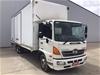 <p>2017 Hino FC 1022 4 x 2 Pantech Truck</p>