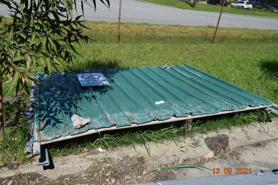 Lot of 5 Fence Panels with Metal Cladding