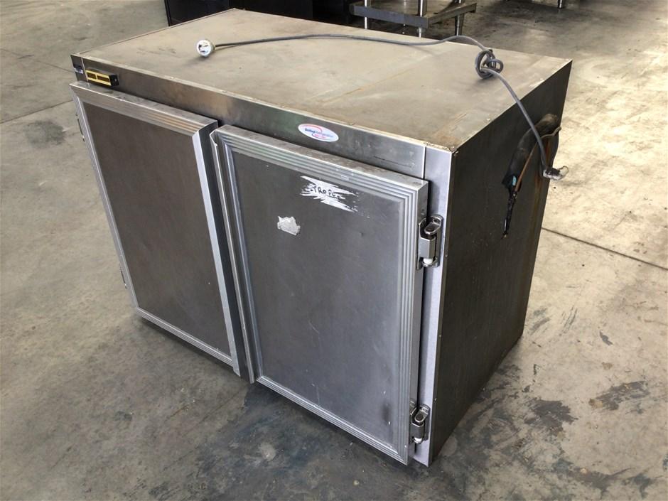 United Refrigeration ? Double Door Fridge